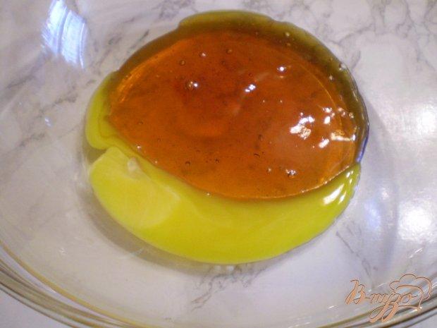 Пирог на меду из одуванчиков