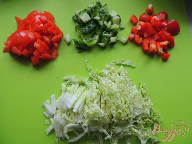 Мясо с овощами в картофельных блинах
