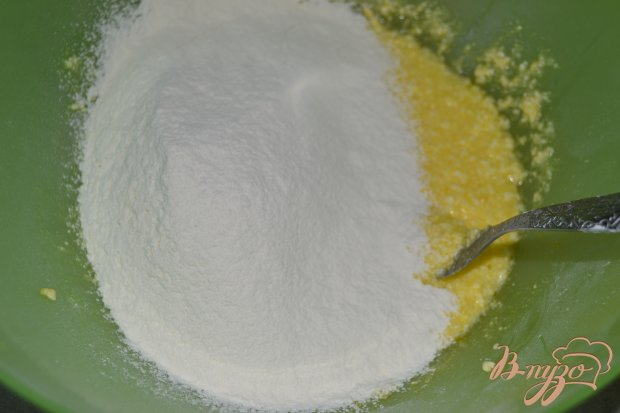 Тертый пирог с абрикосами