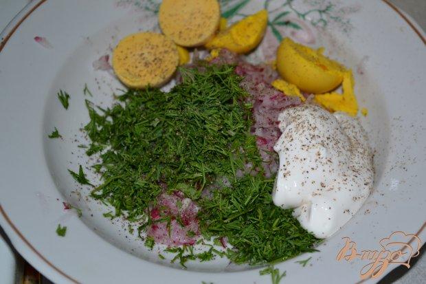 Яйца фаршированные редисом