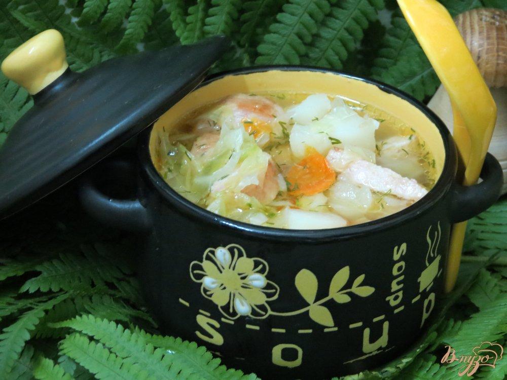 Фото приготовление рецепта: Суп с колбасками и с капустой шаг №13