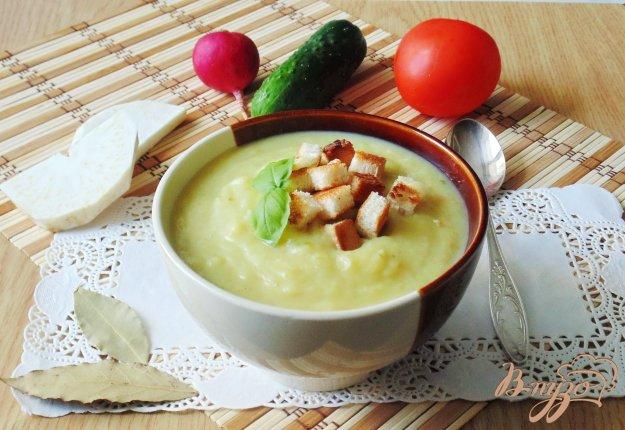 фото рецепта: Суп-пюре из пекинской капусты с сельдереем