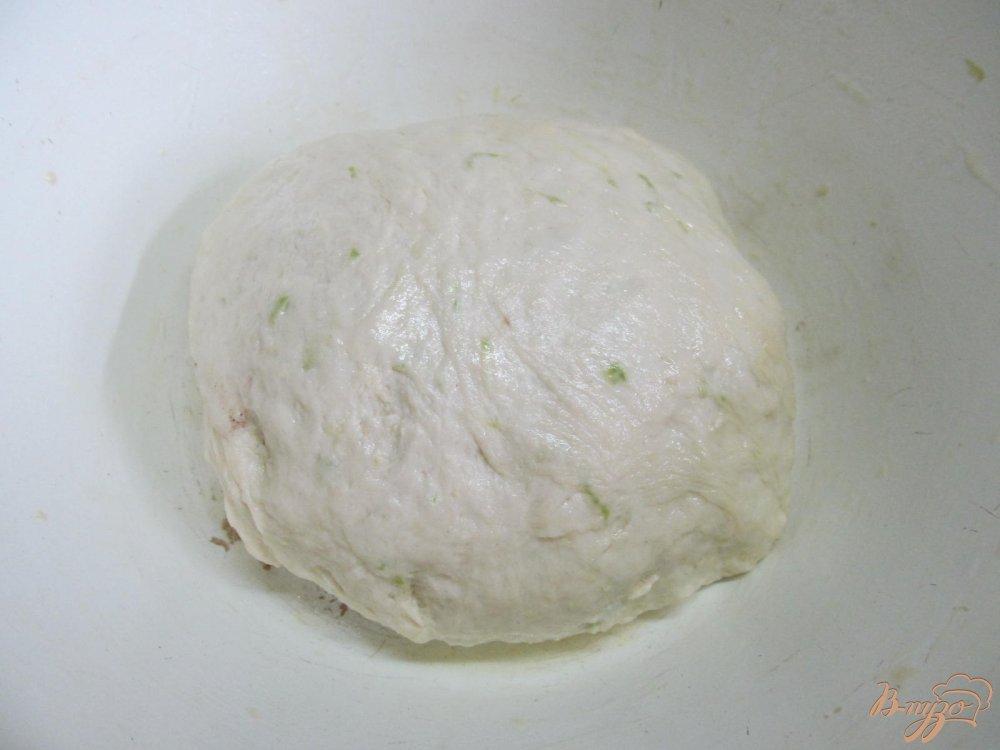 Фото приготовление рецепта: Хлеб с кабачком и горчицей шаг №5