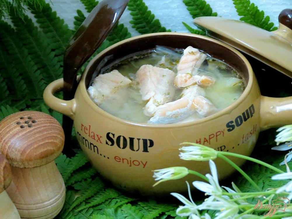 Фото приготовление рецепта: Суп из сёмги, капусты и белого вина шаг №11