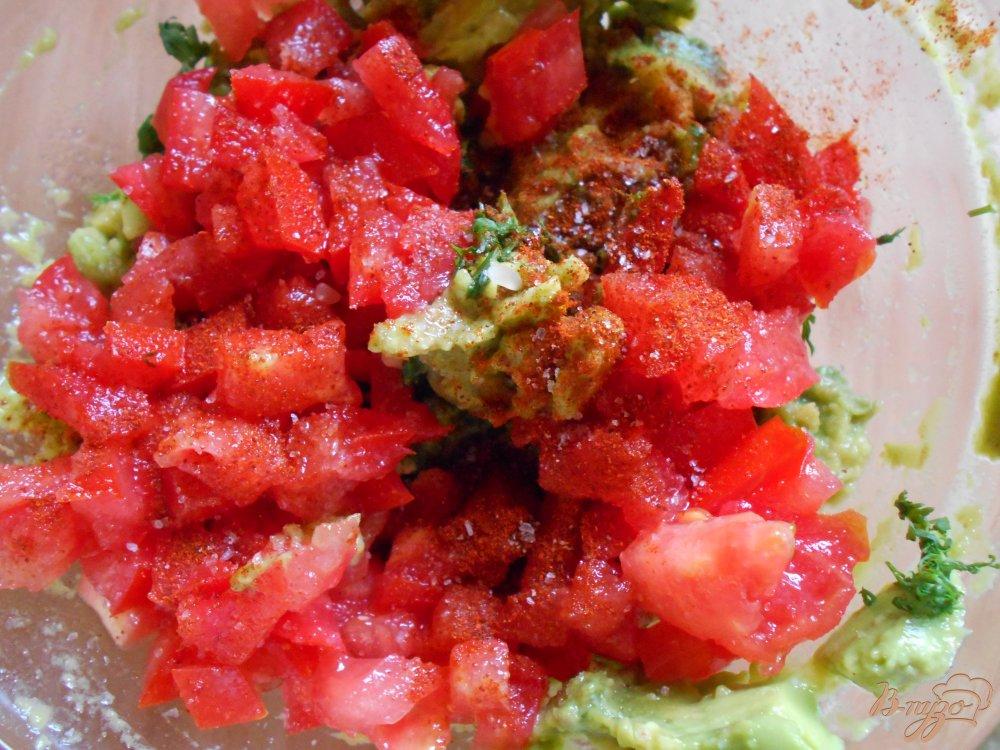 Фото приготовление рецепта: Гвакамоле шаг №5