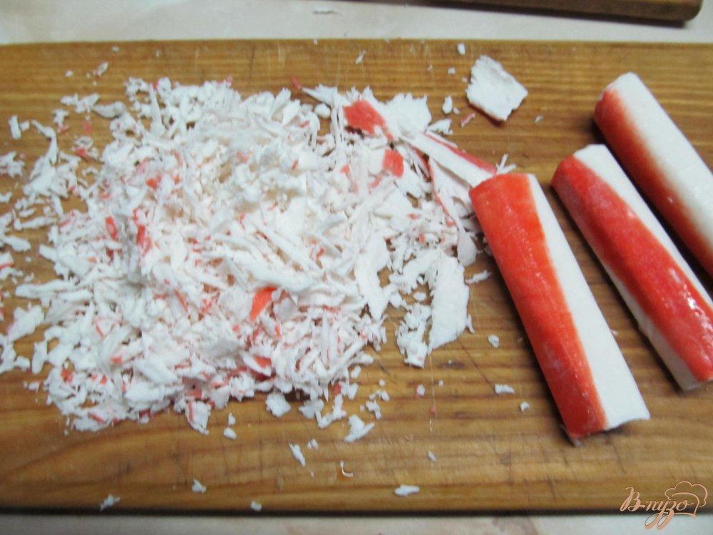 Фото приготовление рецепта: Веррины с крабовыми палочками шаг №5