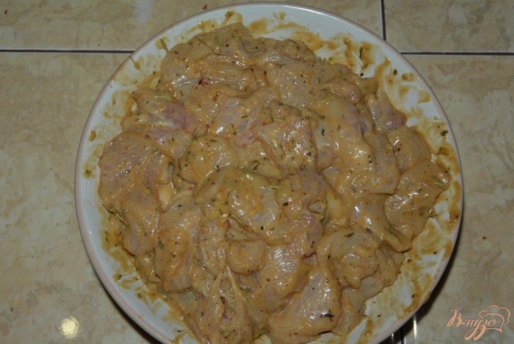 Фото приготовление рецепта: Куриное филе в арахисовом соусе шаг №7