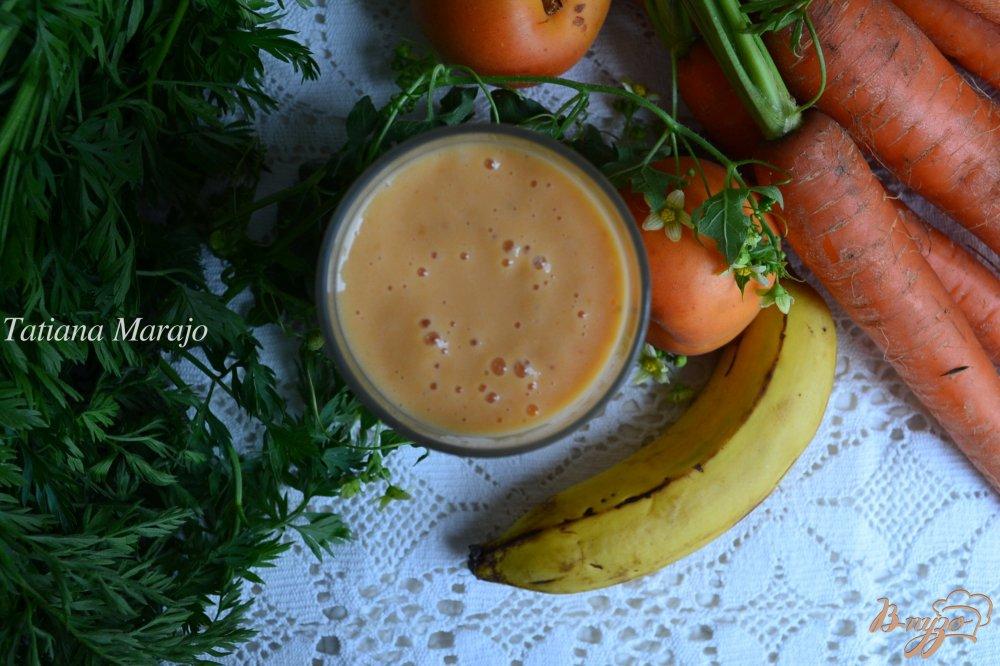 Фото приготовление рецепта: Смузи морковный с абрикосами и имбирем шаг №5