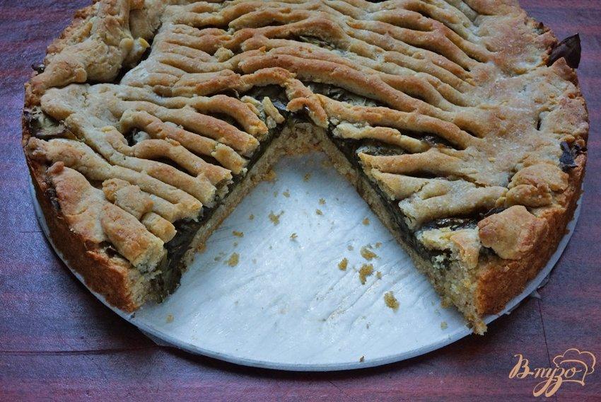 Фото приготовление рецепта: Пирог с начинкой из щавеля шаг №10