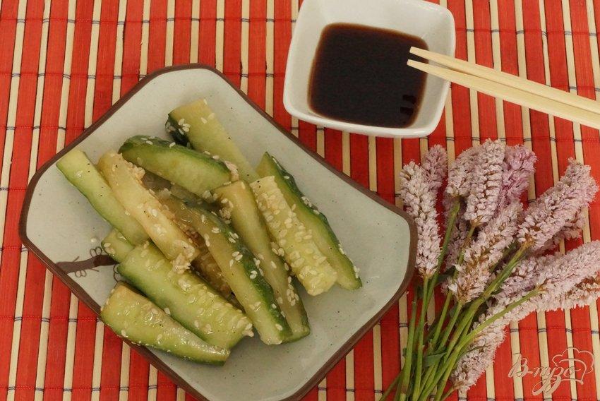 Особенными, ароматными и необычными они получаются в том случае, если помимо корнеплода, в рецепт добавляют огурцы.