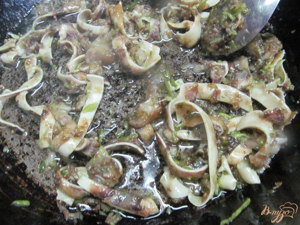 Фото приготовление рецепта: Свиные ушки шаг №5