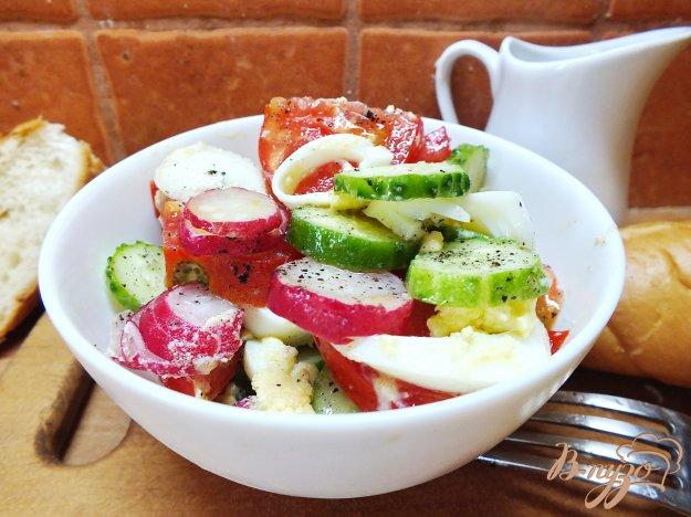 фото рецепта: Яичный салат с овощами