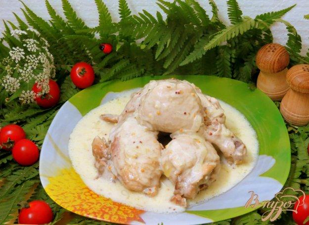 фото рецепта: Окорочка под сметанно - горчичным соусом в мультиварке