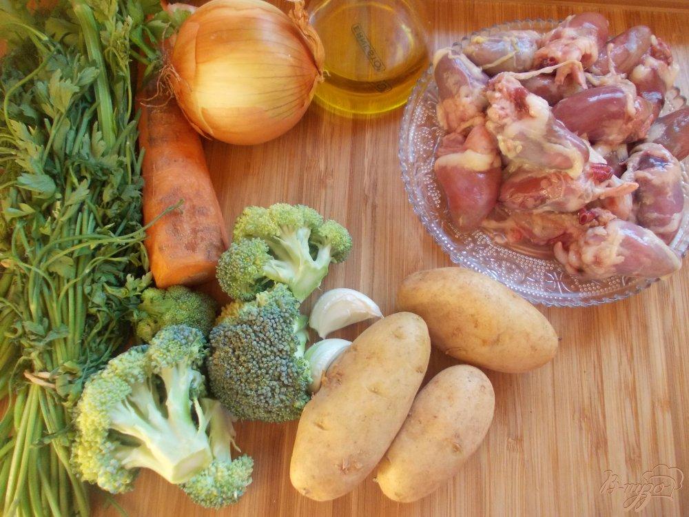 Рецепт Суп с куриными сердечками и брокколи