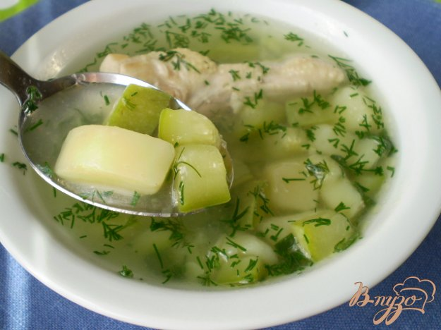 фото рецепта: Суп с кабачком в мультиварке