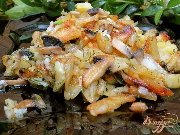 фото рецепта: Картофель жареный с шампиньонами