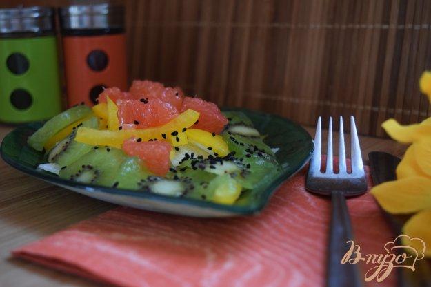 Салат з болгарським перцем і грейпфрутом. Як приготувати з фото