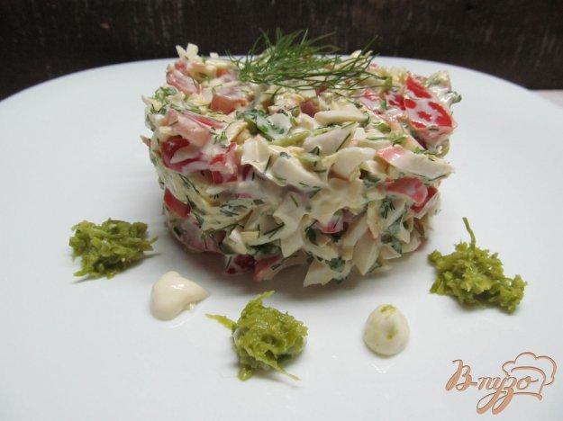 фото рецепта: Салат с крабовыми палочками