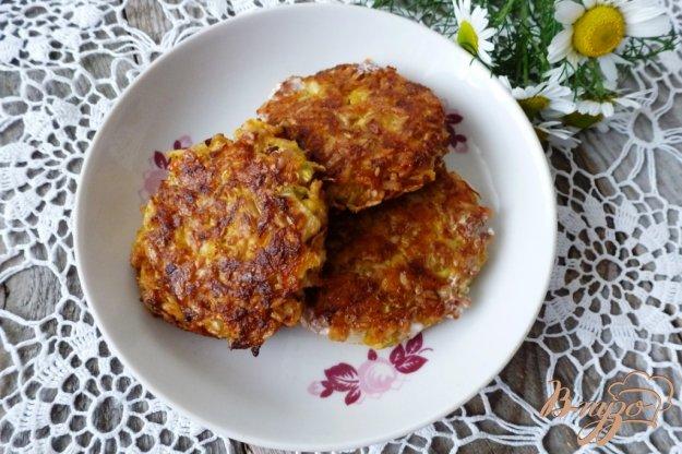 фото рецепта: Оладьи из тыквы и кабачков