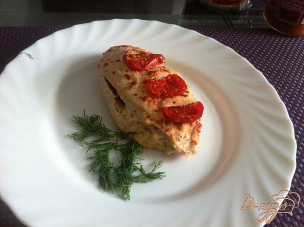 фото рецепта: Куриное филе  с помидорами черри и сыром