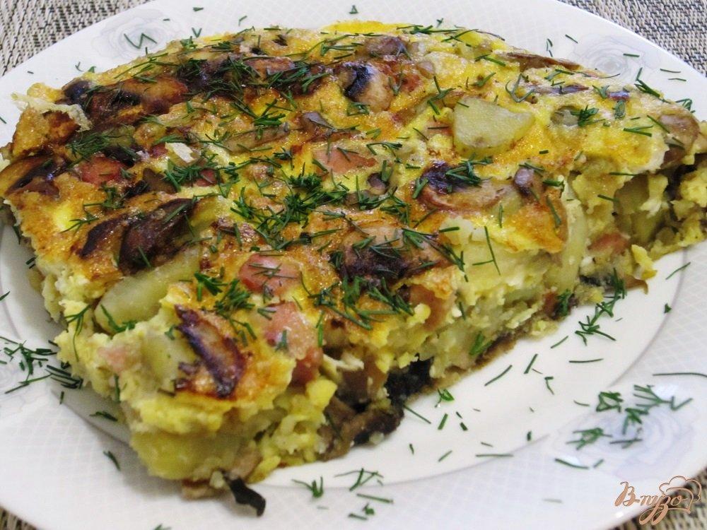 Фото приготовление рецепта: Тортилья с грибами и картофелем шаг №10