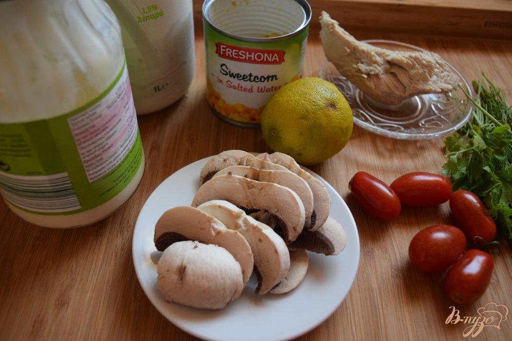 Рецепт Салат с куриным филе и шампиньонами