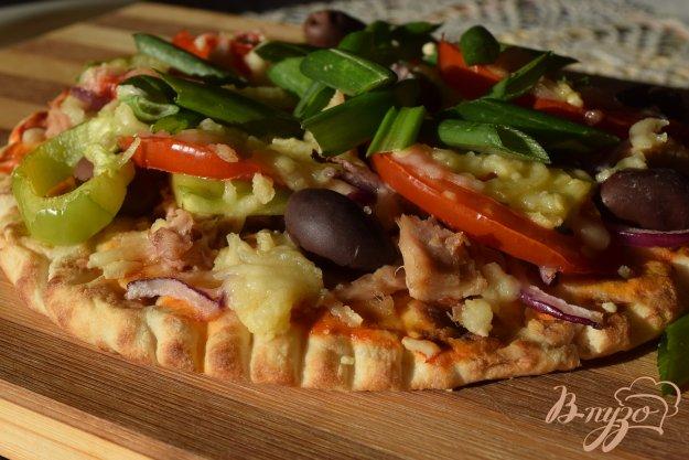 фото рецепта: Пицца с тунцом