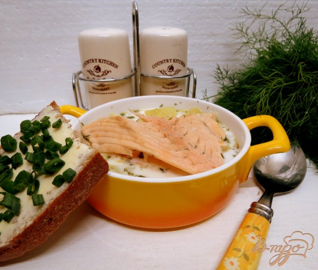 фото рецепта: Суп из хребтов лосося со сливками