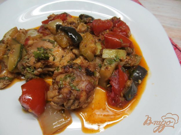 фото рецепта: Курица в овощном рагу