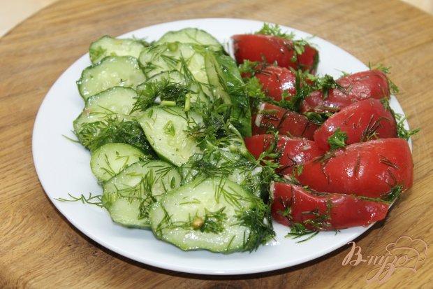 Маринованные огурцы и помидоры на скорую руку