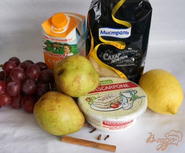 Крем из маскарпоне с грушей и виноградом
