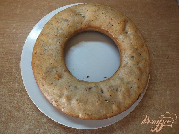 Пирог с изюмом и курагой