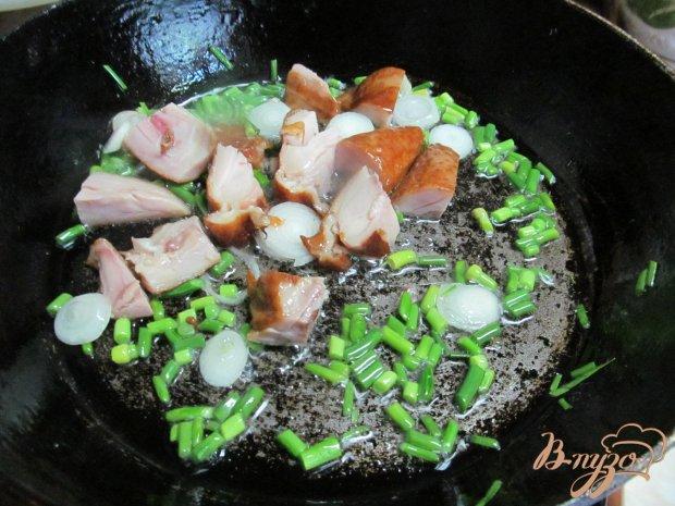 Теплый картофельный салат с копченой куричей