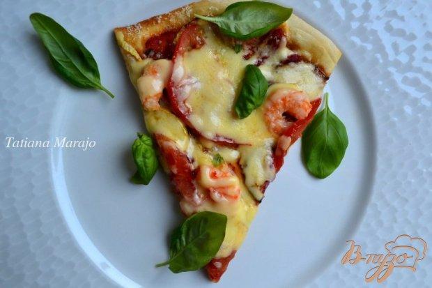 Пицца с кабачком и креветками