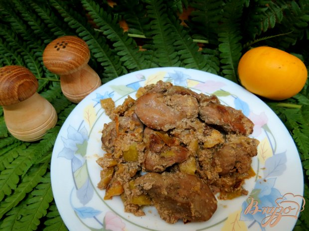 Куриная печень со сливками, кабачками в мультиварке