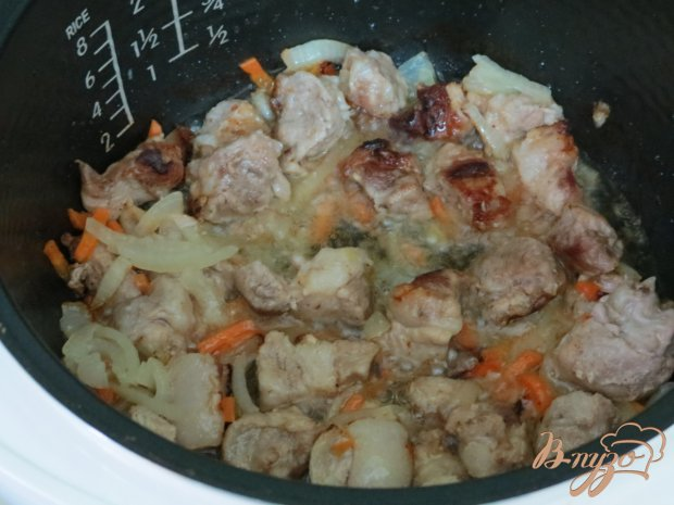 Рисовая каша со свининой в мультиварке