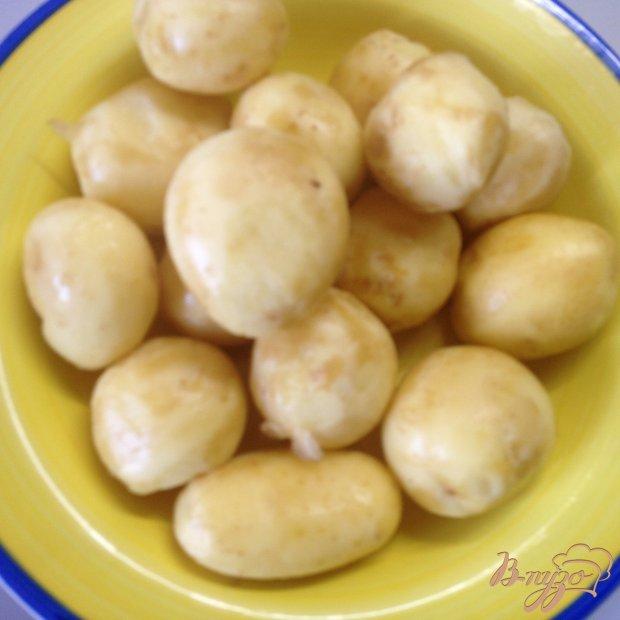 Молодой картофель с грибами в сметане