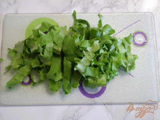Салат с молодой капустой и салатом