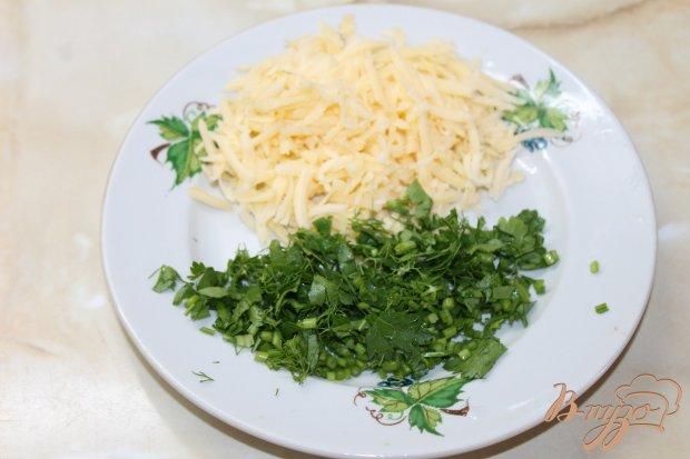 Молодой картофель отварной  с зеленью и твердым сыром