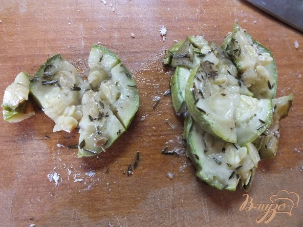 Рецепт Салат с жаренным кабачком и помидором
