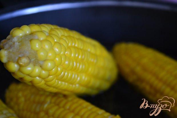 Рецепт Отварная кукуруза с хрустящим беконом