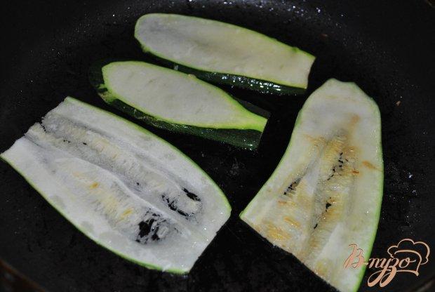 Рецепт Рулетики из цуккини с овощами