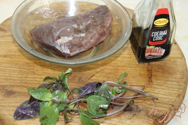 Рецепт Утиное мясо жаренное с овощами и оливками в соусе