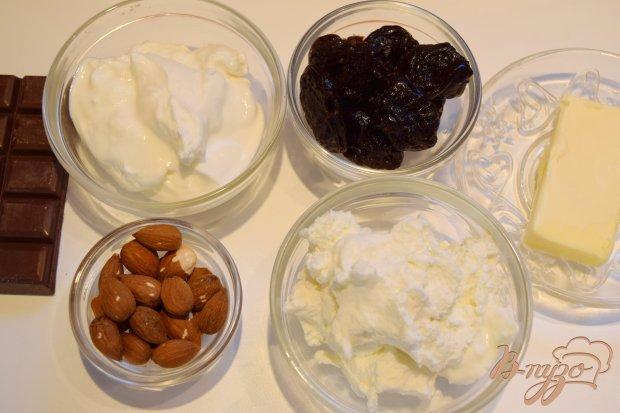 Рецепт Творожный десерт с шоколадом и черносливом