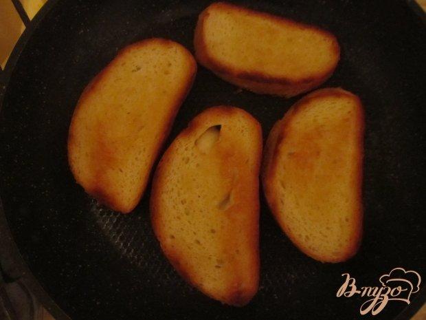 Рецепт Брускетта с помидорами и луком