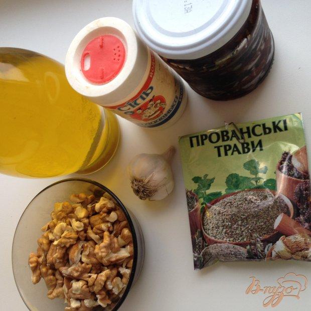 Рецепт Ореховый соус с вялеными помидорами