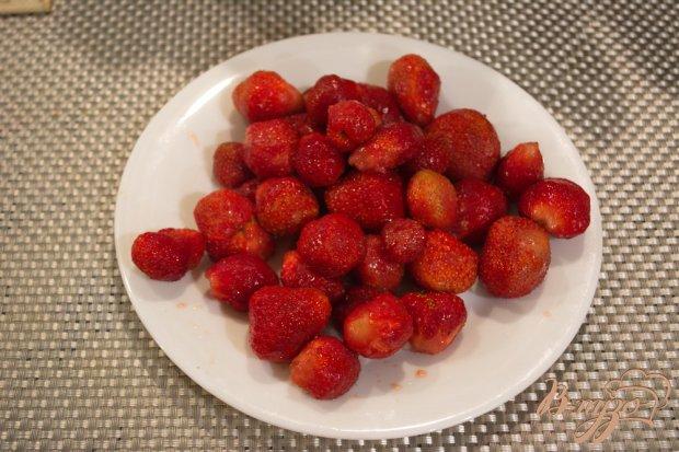 Рецепт Клубничный крем для десертов и коржей