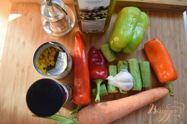 Рецепт Гарнир из цуккини и моркови и кукурузы