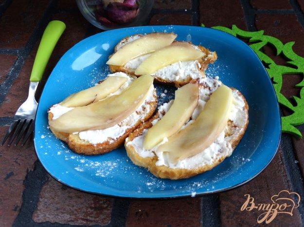 Солодкі грінки з сиром і манго. Як приготувати з фото