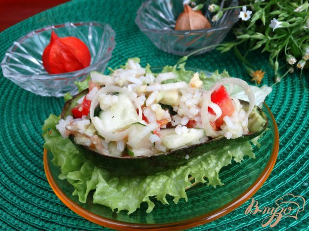 Салат з авокадо і рисом. Як приготувати з фото